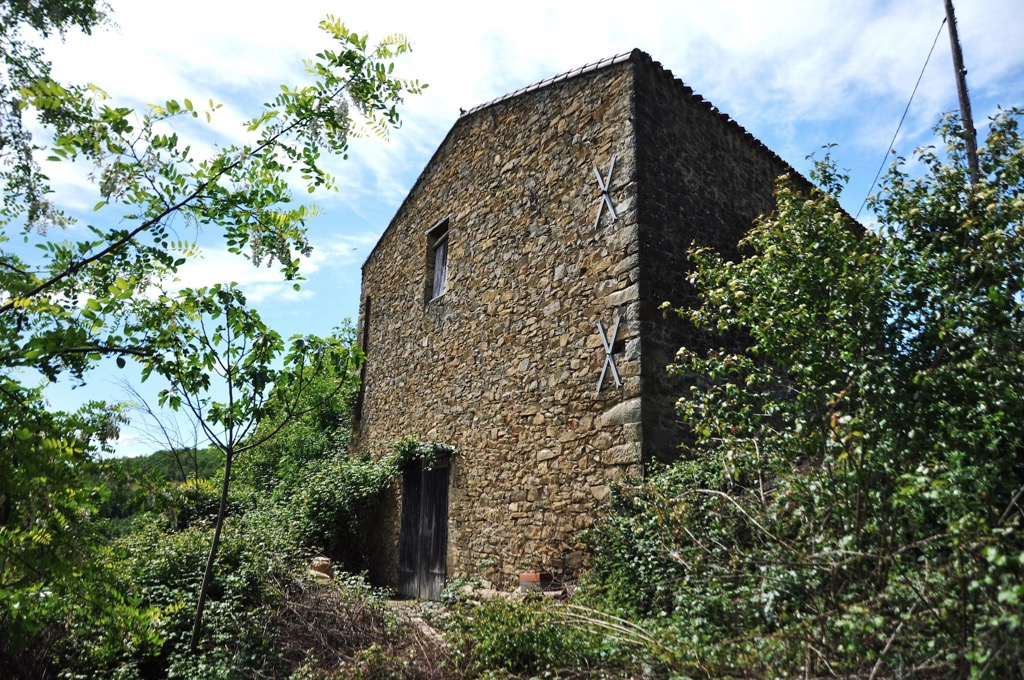 Barn to renovate for sale for 75,000€ in Aude, Languedoc-Roussillon