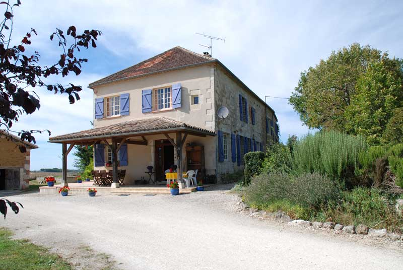 renovated stone farmhouse with letting gite, swimming pool nr Moissac, Tarn et garonne for sale for 299,000€ in Tarn-et-Garonne, Midi-Pyrenees