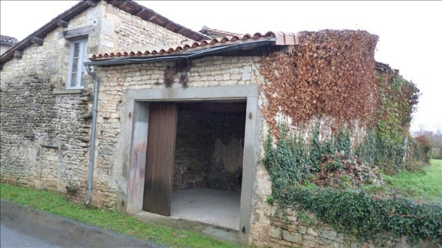 for sale for 8,000€ in Charente, Poitou-Charentes