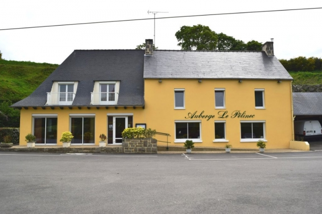 Restaurant + Appartement 22480 Canihuel for sale for 440,750€ in Côtes-d'Armor, Brittany