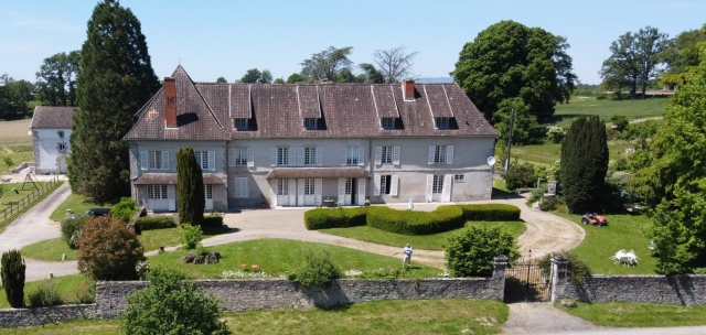 Stunning Chateau with 2 bedroom gite, 8 hectares land and small for sale for 699,950€ in Haute-Vienne, Limousin