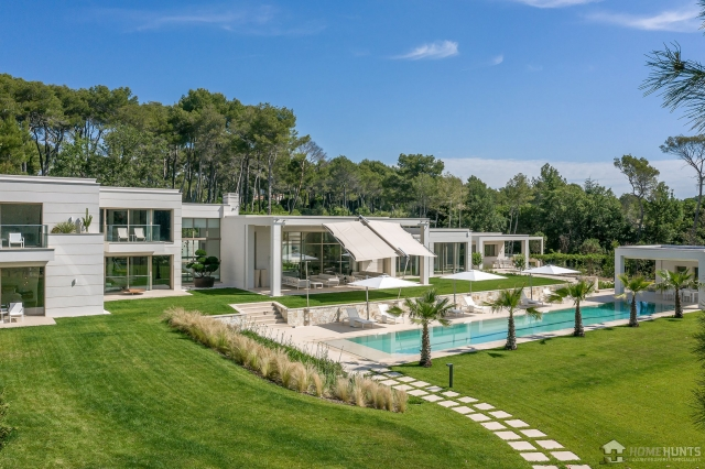 Mougins, Valbonne, Grasse Area for sale for 25,000,000€ in Alpes-Maritimes, Provence-Alpes-Côte-d'Azur