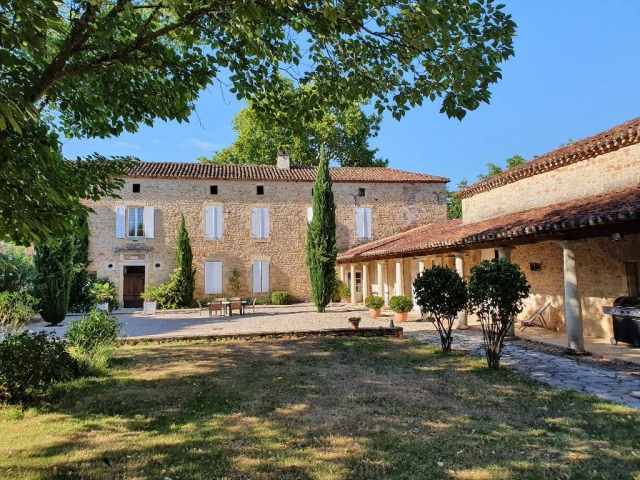 Lot (Cahors/Figeac) for sale for 1,980,000€ in Lot, Midi-Pyrénées