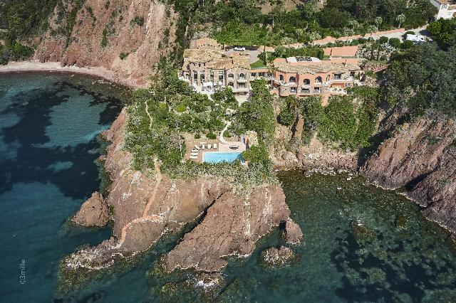 Cannes Area for sale for 38,000,000€ in Alpes-Maritimes, Provence-Alpes-Côte-d'Azur